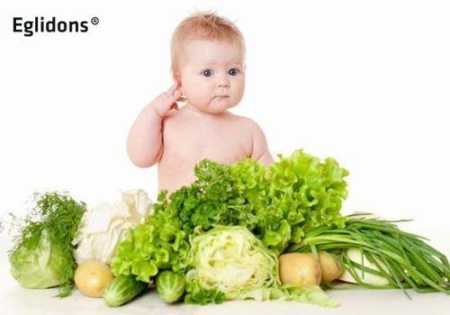 Ăn nhiều rau vẫn bị táo bón